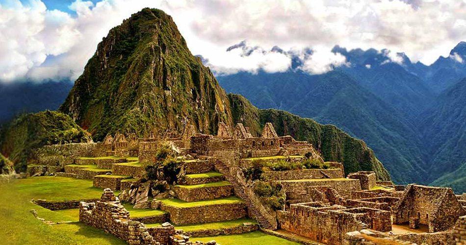 Source: https://www.google.com/url?sa=i&rct=j&q=&esrc=s&source=images&cd=&cad=rja&uact=8&ved=0ahUKEwjj2ruC0tPTAhXE7iYKHbEqAUoQjRwIBw&url=http%3A%2F%2Fwww.machupicchu.org%2Fmachu_picchu_travel_tourist_information.htm&psig=AFQjCNEMDGyPZRtsNSo70D79xqJEsb8UqA&ust=1493898027304310